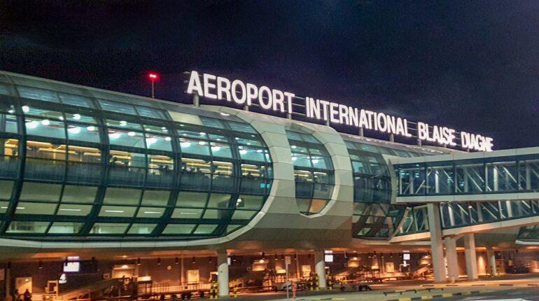 Aéroport_international_Blaise_Diagne